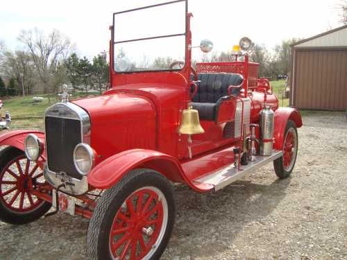 1927 Ford American LaFrance fire truck