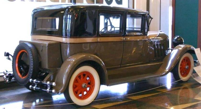 1928 Auburn Model 8-88 Sport Sedan