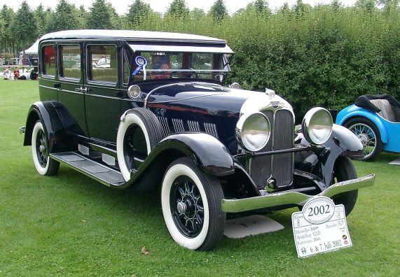 1929 Auburn 12050 front