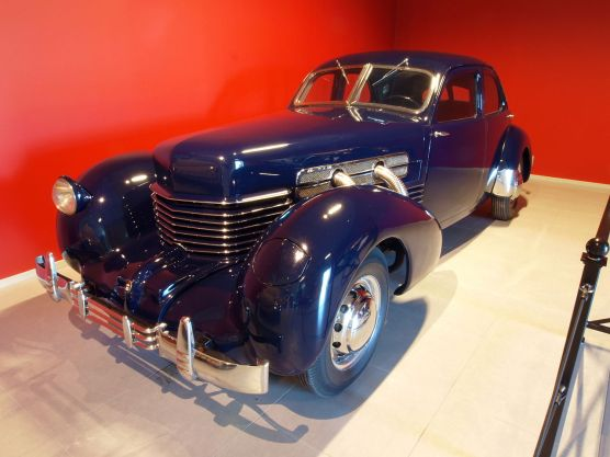 1929 Cord 812 Supercharged Berverly Sedan p2