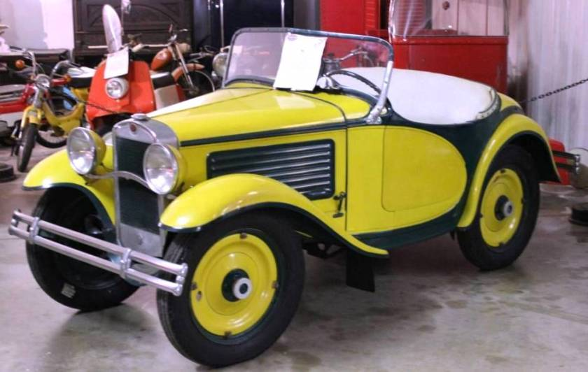 1930 American Austin Yellow