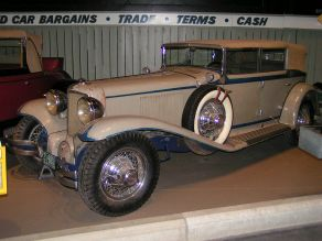 1930 Cord L29 sedan