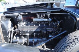 1931 Chrysler Imperial engine_01