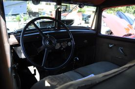 1931 Chrysler Imperial interior