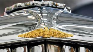 1931 Duesenberg emblem gold