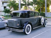 1931 Nash Eight-90 Ambassador sedan