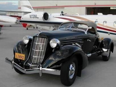1935 Auburn 851SC Boattail Speedster a