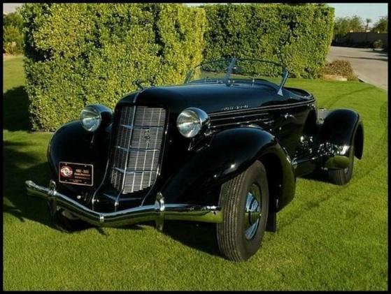 1935 Auburn 851SC Boattail Speedster black