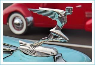 1935 Auburn Flying Lady Hood Ornament