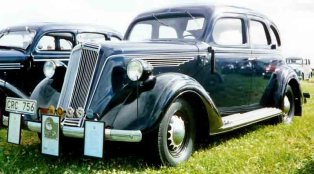 1936 Nash Lafayette Series 3610 4-Door Sedan