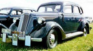 1936 Nash Lafayette Series 3610 4-Door Sedan