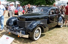 1937 Cord 812 Beverly