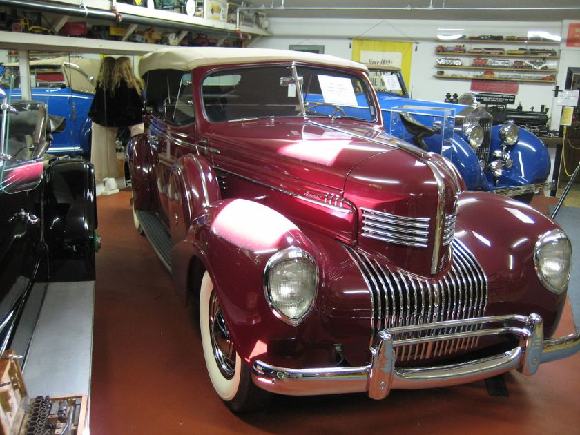1939 Chrysler Imperial Custom phaeton