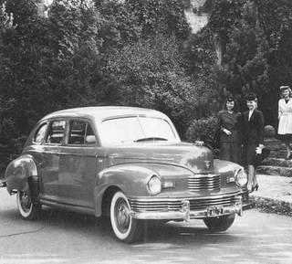 1946 Nash 600 Trunkback Sedan-a