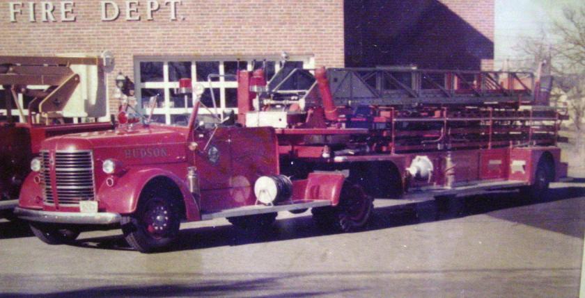 1947 american-lafrance-tiller-ladder-truck