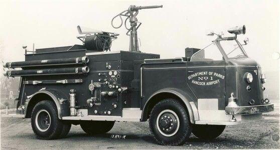 1953 American LaFrance Airport Crash Truck 4x4