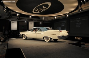 1960 Imperial Crown (Chrysler Imperial)a