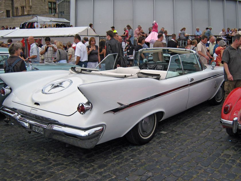 1961 Chrysler Imperial Crown convertible back