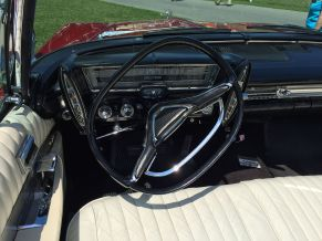 1962 Chrysler Imperial Crown interior