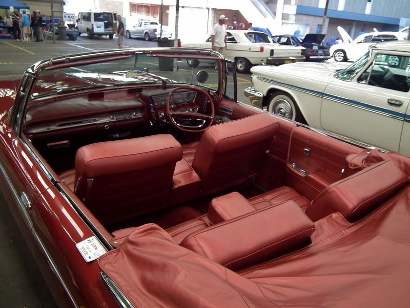 1963 Chrysler Imperial Crown convertible (Australia)