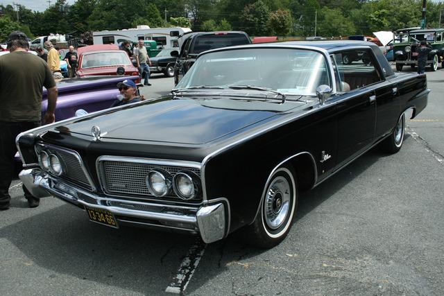 1964 Chrysler Imperial LeBaron Front