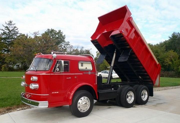1970 American LaFrance Dump Truck