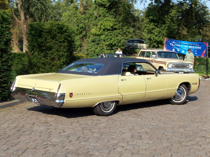 1972 Chrysler Imperial LeBaron-3