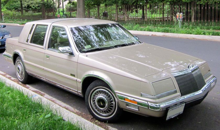 1990-93 Chrysler Imperial photographed in Washington, D.C., USA.