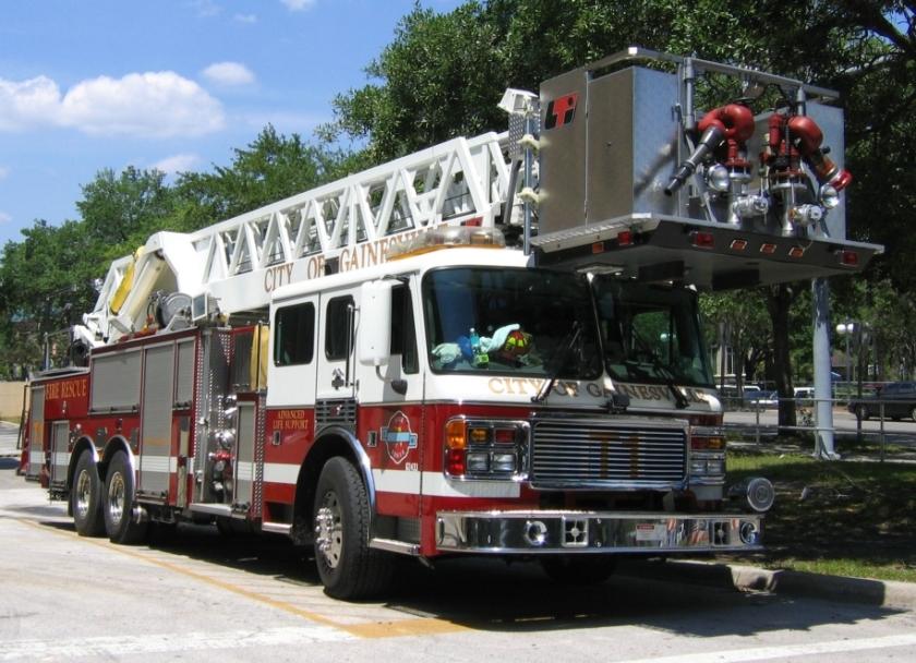 2005 2000's era American LaFrance fire truck