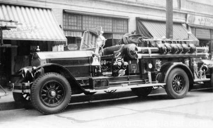 American LaFrance - 100 Series Metropolitan
