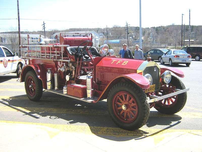 american-lafrance-fire-truck-2