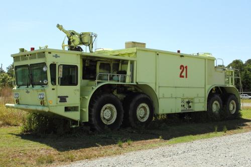 American LaFrance Type O-11A crash truck