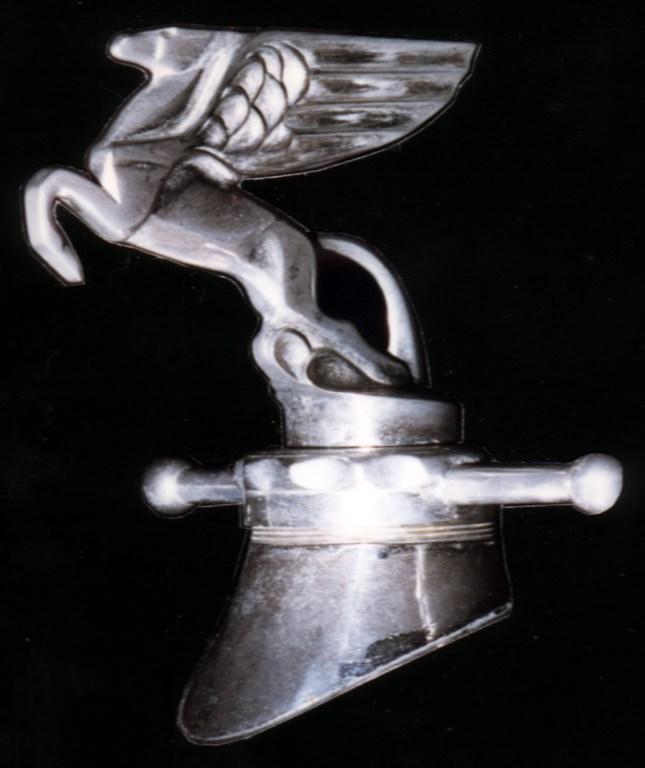 Amilcar Kühlerfigur 2