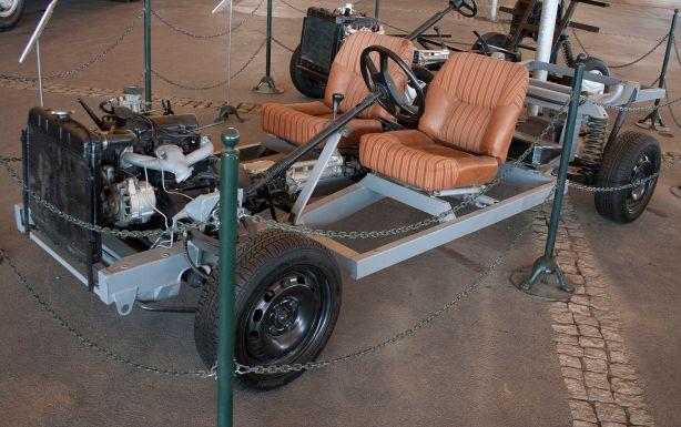 Anadol FW11 prototype chassis
