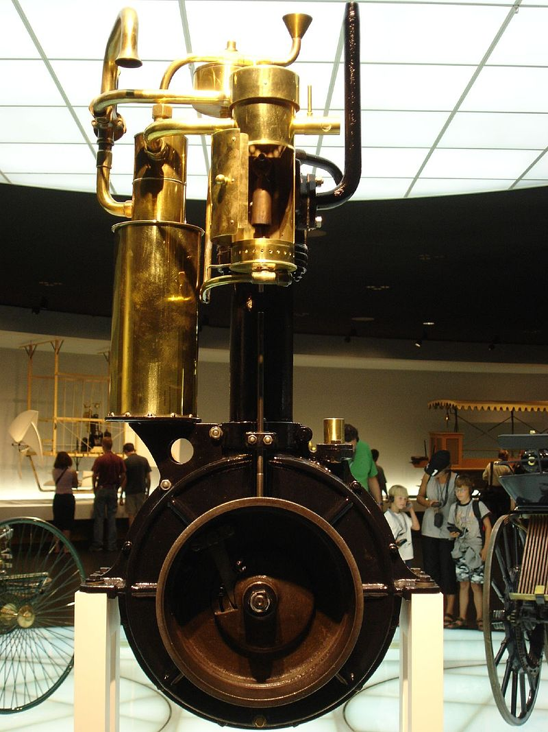 1886 Daimler-Maybach grandfather clock engine
