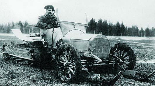 1913 Mercedes 16-45PS half-tracked vehicle