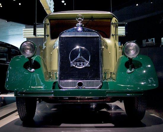 1929 Mercedes Benz LO 2000