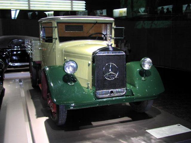 1932 Mercedes Benz Lo 2000