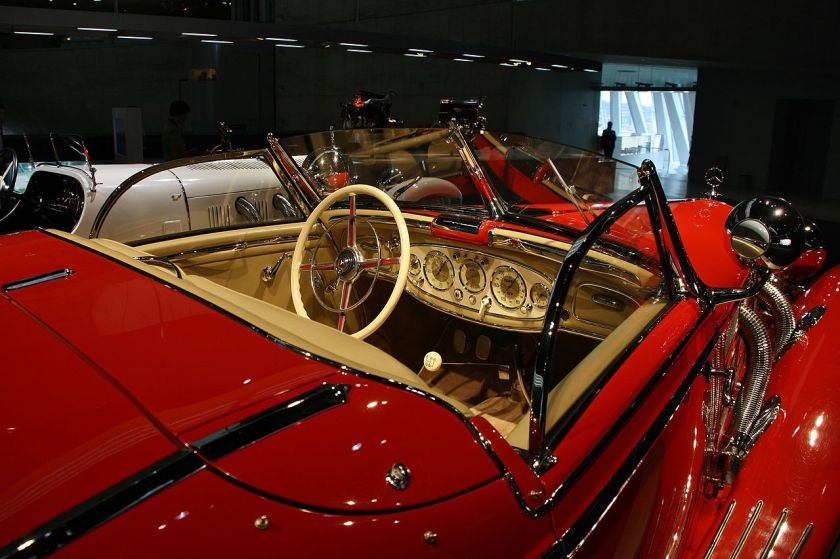 1934-36 Mercedes Benz 500K salon cabriolet cockpit
