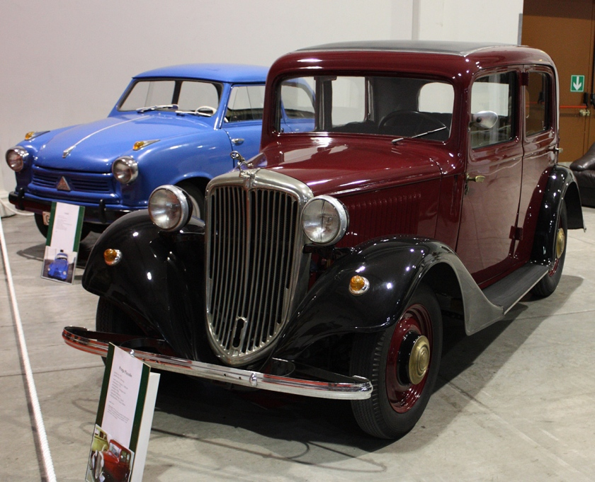 1934-36 Praga Piccolo typ 306, 1,447 cc, 28 hp), shared its body and chassis with the larger engined Super Piccolo.