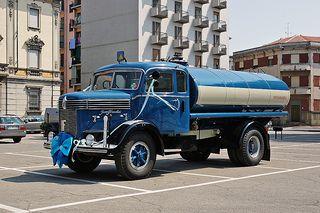 1934-55 Isotta Fraschini D80 tanker