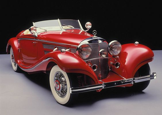 1935 Mercedes Benz 500K Spezial Roadster.