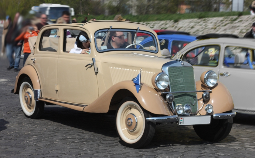 1936 Mercedes Benz 170V Cabrio 4-door