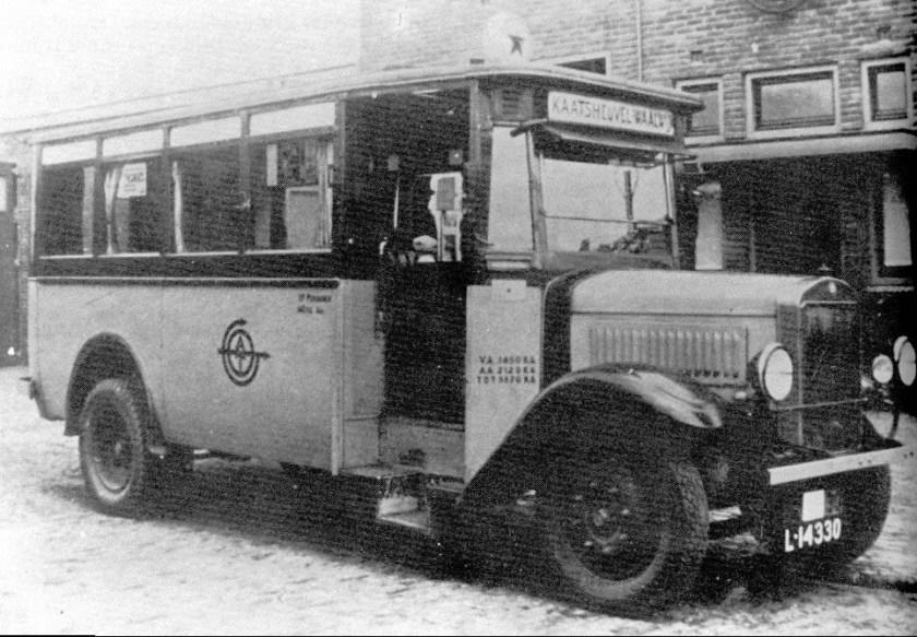 1936 Mercedes-Benz met struikelinstap 16 pers.ATO-08