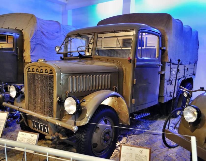 1937 Praga RV