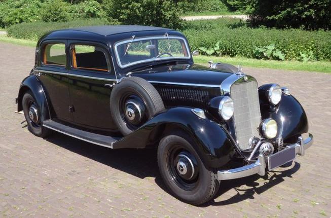 1938 Mercedes-Benz 230 sedan (W143)