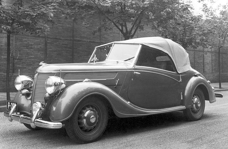 1938 praga lady roadster strecha