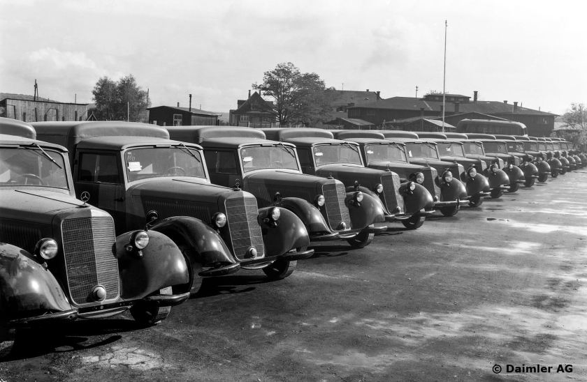 1946 Mercedes Benz 170 V panel van, (first four vehicles from left with the small headlights of the first version).