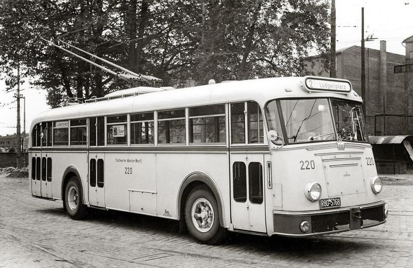 1947 Obusses 220 mit Krupp-Fahrgestell und Ludewig-Aufbau