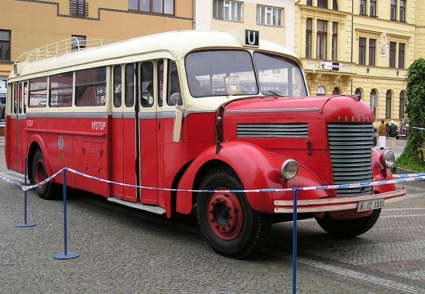 1947 Praga NDO Autobus